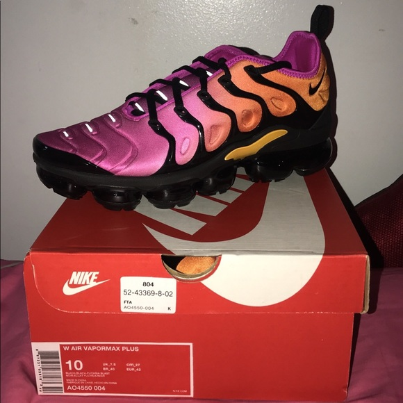 the latest 8a5c9 817d5 Women's vapormax plus size 10 brand new never worn NWT